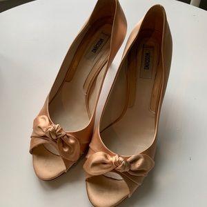 Moschino satin dress shoe 39.5 size 9